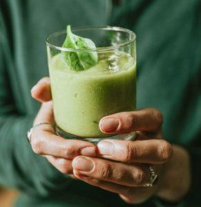 Why You Shouldn't Do a Celery Juice Cleanse